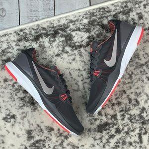 NIB W Nike In-Season TR 7 women's training shoes
